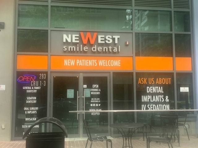 Apple Dental Implant Centre - New Westminster Location